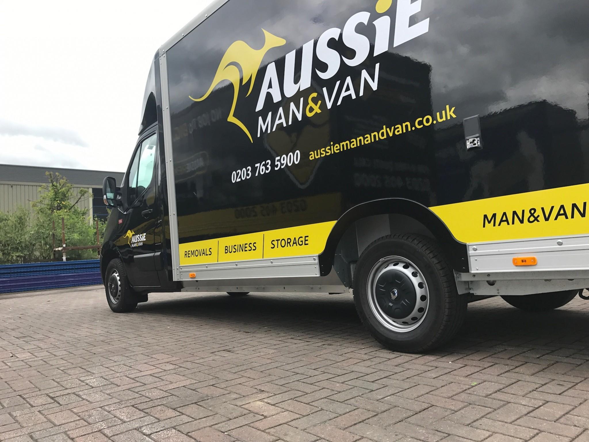 E-commerce & Aussie Man & Van